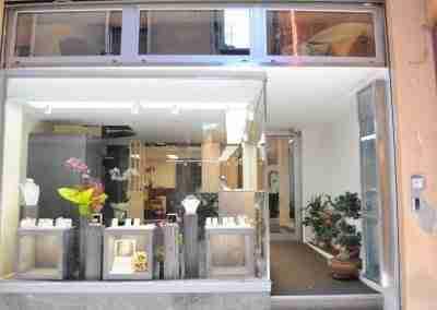 Arredamento per gioielleria di Bologna