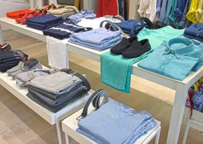 arredamento-negozio-abbigliamento-COD.BUS0010_2