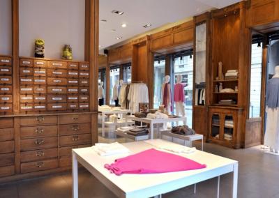 arredamento-negozio-abbigliamento-COD.BUS0011_5