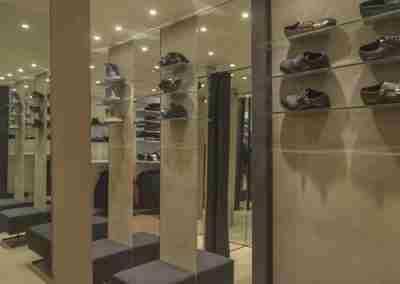 arredamento-negozio-abbigliamento-COD.BUS0018_4