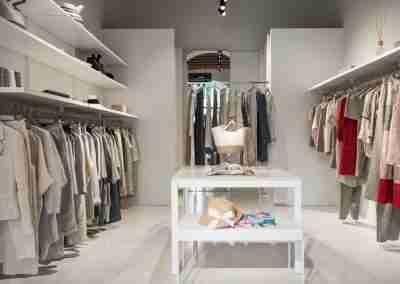arredamento-negozio-abbigliamento-COD.BUS0012_4